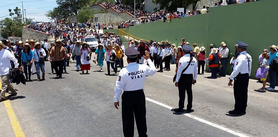SIN INCIDENTES, CONCLUYE FESTIVIDAD DE LA GUELAGUETZA 2016 EN EL PRIMER LUNES DEL CERRO